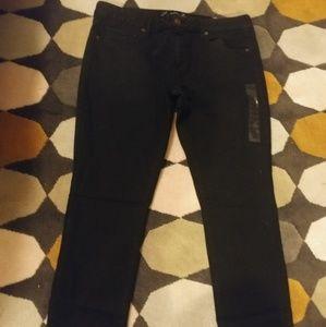 American Eagle Black Skinny 18 Regular Jeans NWT